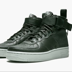 Nike Air Force 1 SF AF1 MID OUTDOOR GREEN Size 8